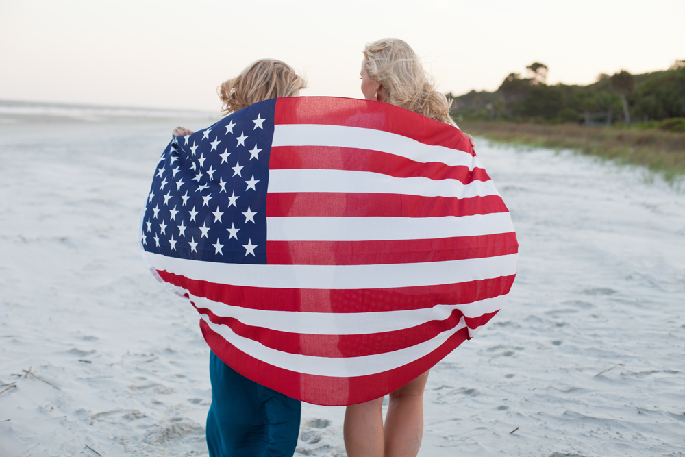 american_dream_flag_beach_shutterstock_1000x667