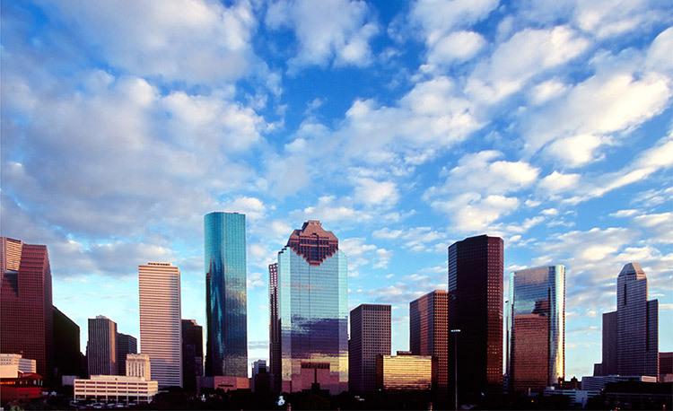 287_1Houston_skyline_clouds