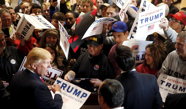 donald_trump_2016_campaign_supporters_121915_500x293