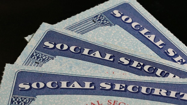 close-up-of-social-security-cards-615850898-596e30129abed5001190c7a2