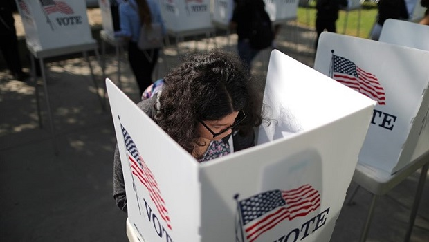 190212-young-voter-midterm-election-california-se-553p_bc43c637879353c3358006b5337bffa7.fit-760w